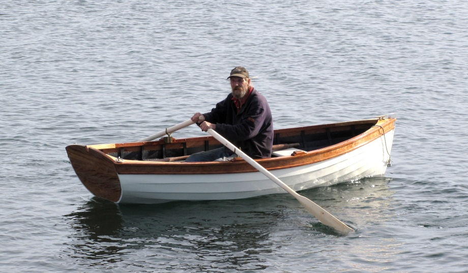 Fishing Boat: Free access Rc row boat plans